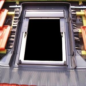 Montáž střešního okna velux